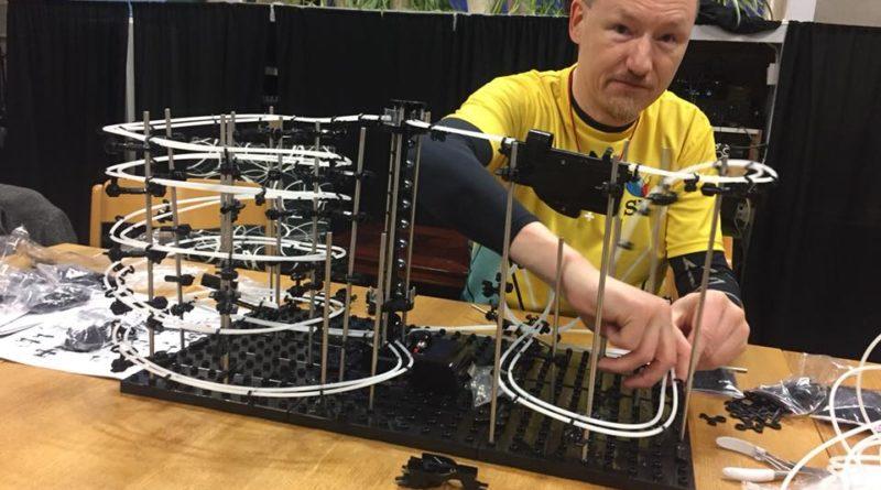 Tommy bygger spacerailbana